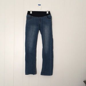 Liz Lange Maternity Jeans Under Belly